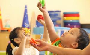 Play & Learn 6 (28-36 months)